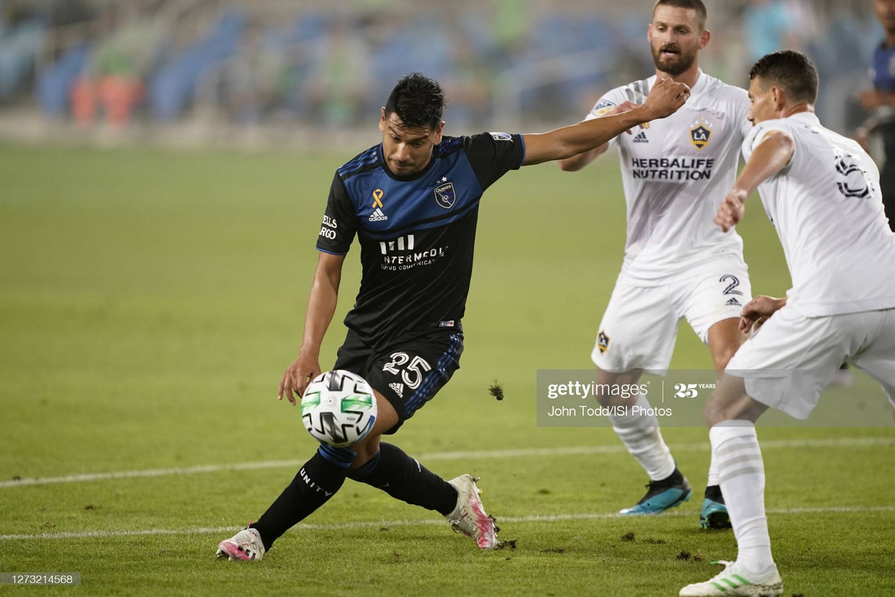 San Jose Earthquakes 2-1 LA Galaxy: Andy Rios PK decides Cali Clasico