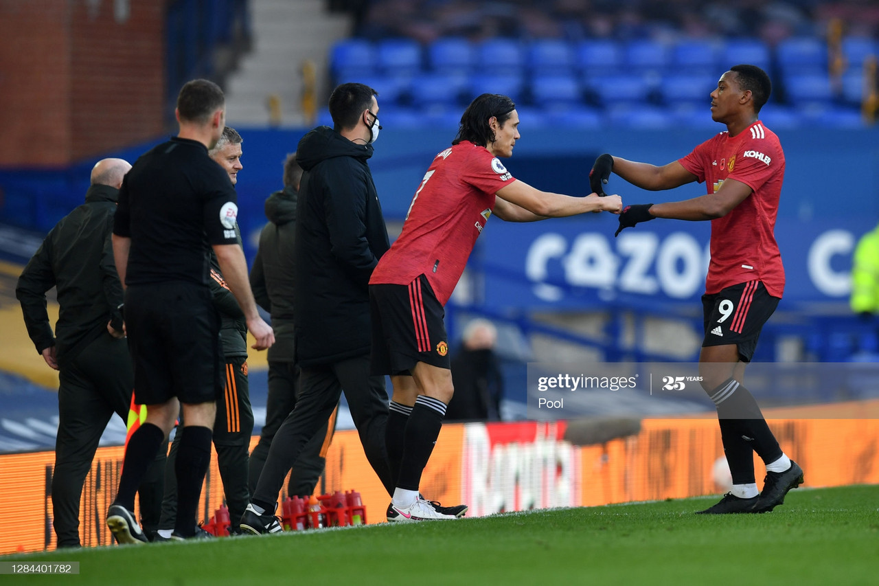 LIVERPOOL, ENGLAND - NOVEMBER 07: Edinson Cavani of Manchester United comes on for Anthony Martial of Manchester United during the Premier League match between Everton and Manchester United at Goodison Park on November 07, 2020 in Liverpool, England. Sporting stadiums around the UK remain under strict restrictions due to the Coronavirus Pandemic as Government social distancing laws prohibit fans inside venues resulting in games being played behind closed doors. (Photo by Paul Ellis - Pool/Getty Images)
