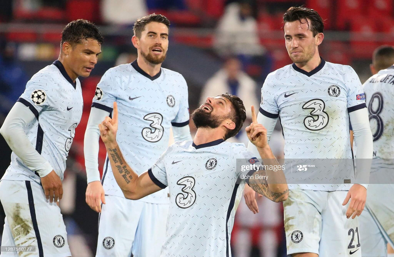 RENNES, FRANCE - NOVEMBER 24: Olivier Giroud of Chelsea celebrates after scoring their sides second goal with team mates including Cesar Azpilicueta and Thiago Silva during the UEFA Champions League Group E stage match between Stade Rennais and Chelsea FC at Roazhon Park on November 24, 2020 in Rennes, France. (Photo by Darren Walsh/Chelsea FC via Getty Images)