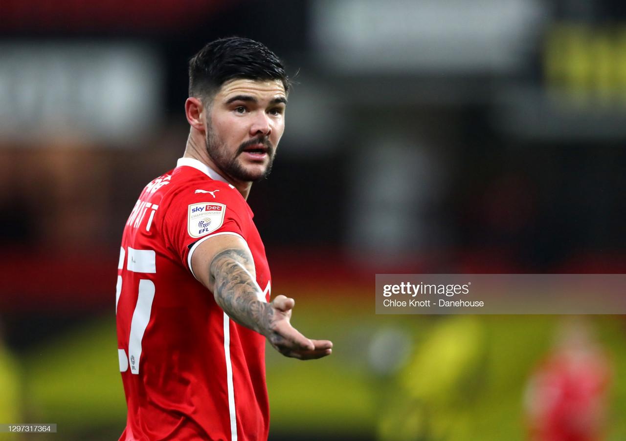 West Brom sign Alex Mowatt