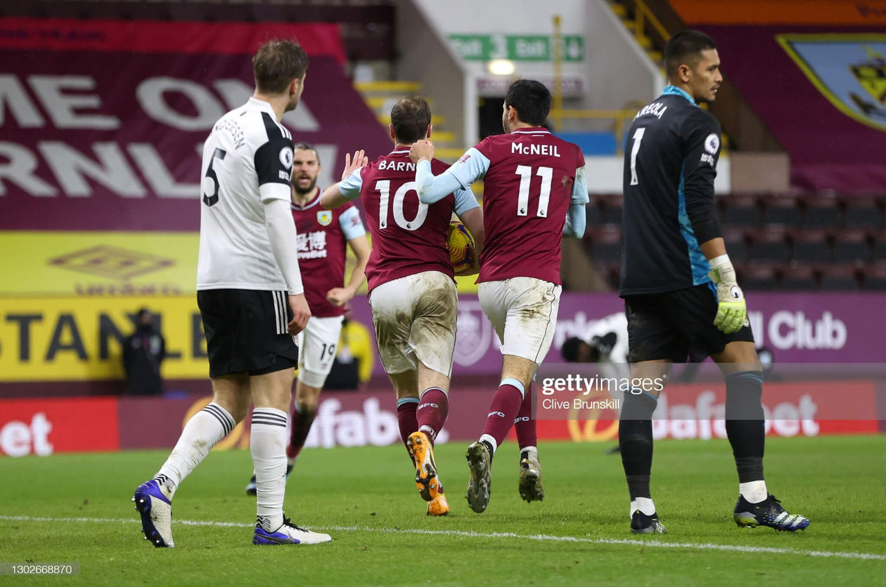 Burnley 1-1 Fulham: Barnes rescues point for Clarets