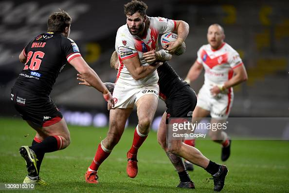 St. Helens 29-6 Salford Red Devils: Clinical Saints start title defence with victory