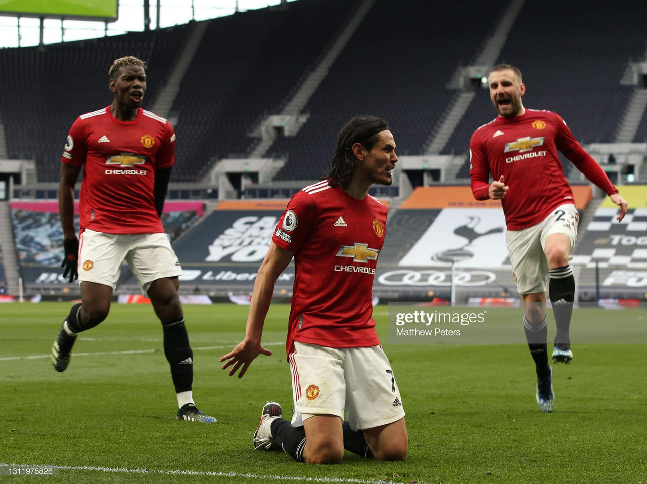 Tottenham Hotspur 1-3 Manchester United: Cavani header turns it around during best display as a United player