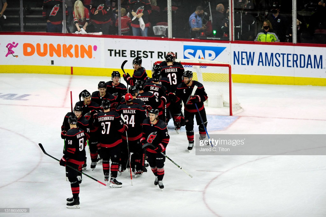 2021 Stanley Cup playoffs: Staal leads Hurricanes past Predators in Game 1