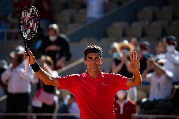 2021 French Open: Roger Federer breezes past Denis Istomin