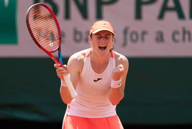2021 French Open: Tamara Zidansek wins epic quarterfinal over Paula Badosa