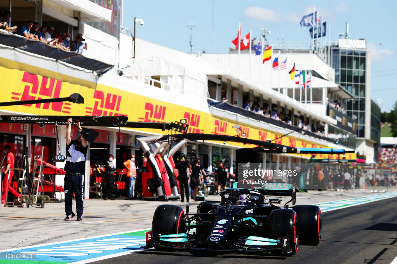 2021 Hungarian GP Qualifying - Mercedes lockout front row as Sainz brings out the red flags