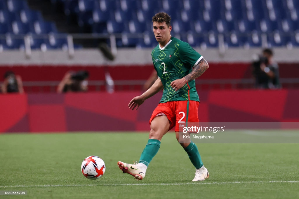 Spurs linked with Mexican defender, Jorge Sánchez