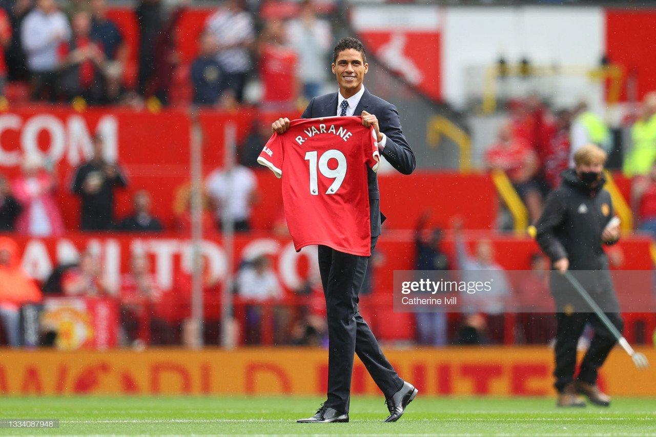 Manchester United complete Raphael Varane transfer