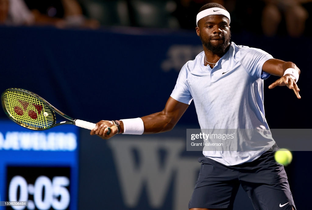 ATP Winston-Salem: Frances Tiafoe gets past Andy Murray in straight sets