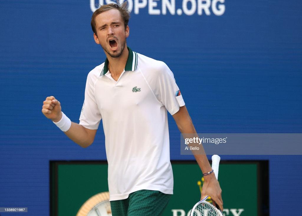 US Open: Daniil Medvedev gets past Botic van de Zandschulp
