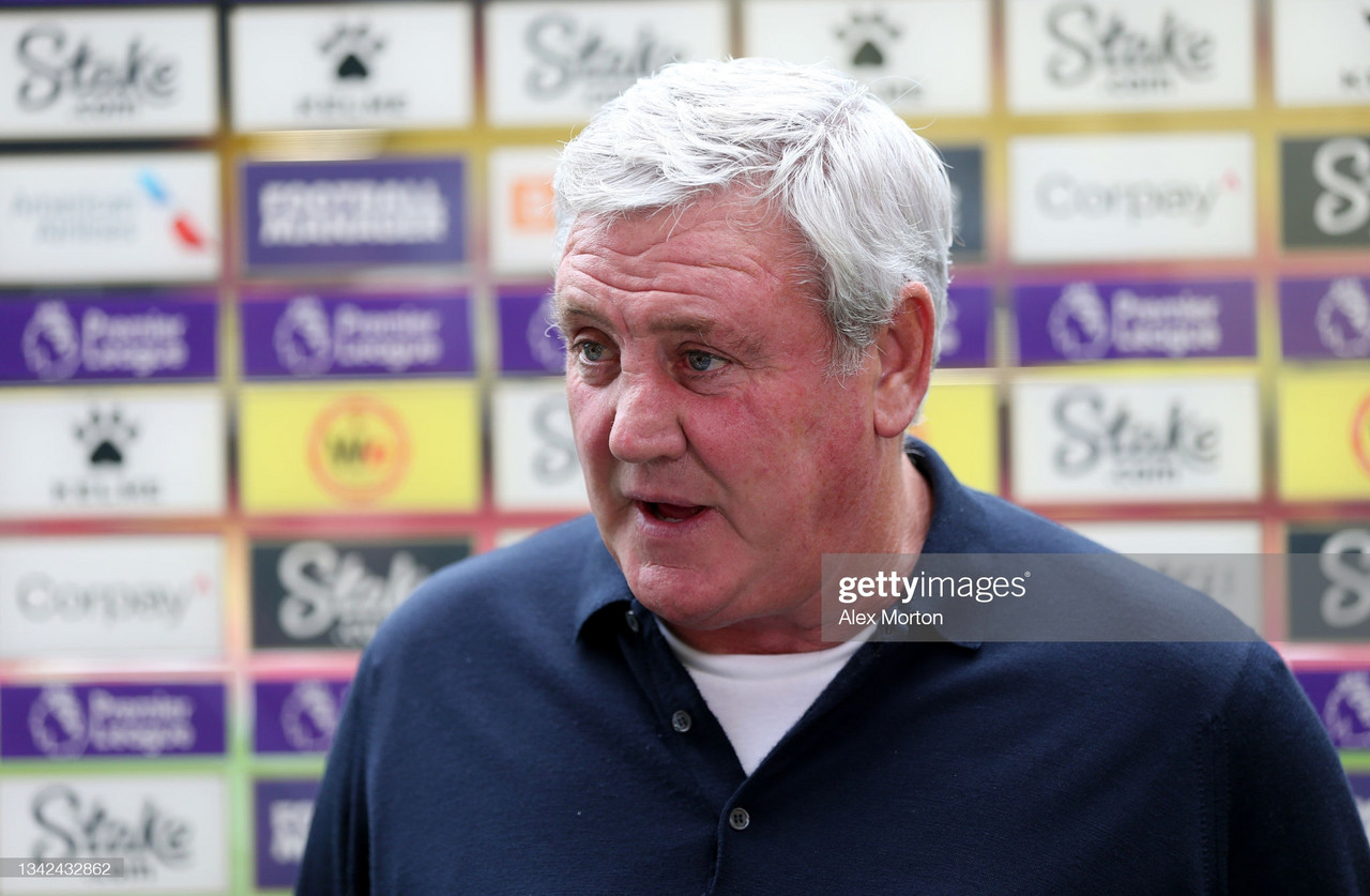 Steve Bruce talks team news, Dwight Gayle and takeover ahead of Wolves trip