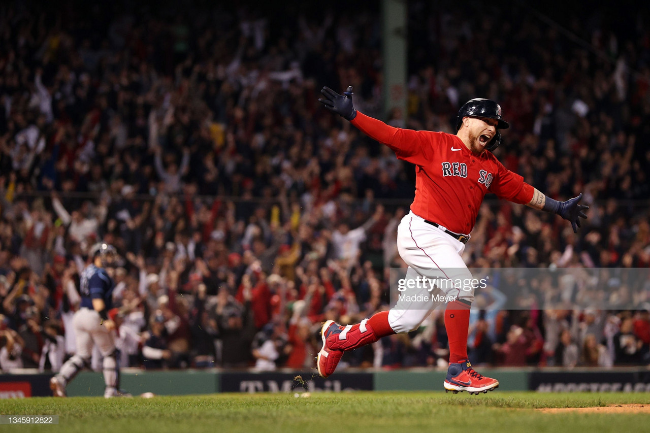 2021 American League Division Series: Vazquez walk-off gives Red Sox victory over Rays in Game 3 classic
