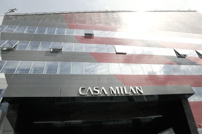 Milan, continuano i dialoghi tra gli advisor di SES e Fininvest