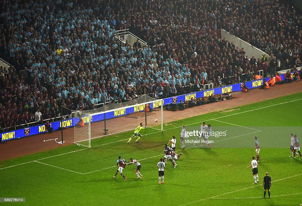 Classic Encounters: West Ham United VS Manchester United