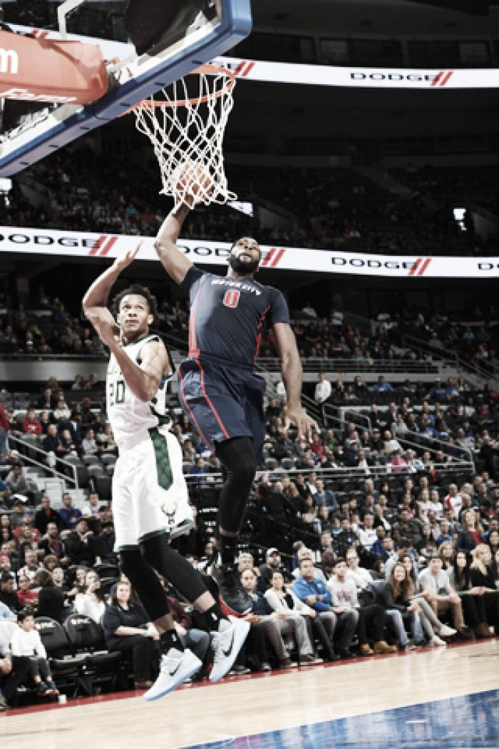Drummond hundió a Milwaukee