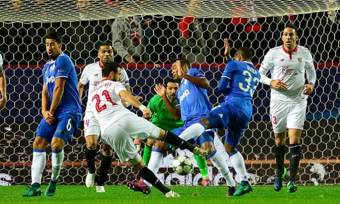 Siviglia - Juventus 1-3: KO al Sanchez Pizjuán per gli spagnoli, Sampaoli furioso nel post