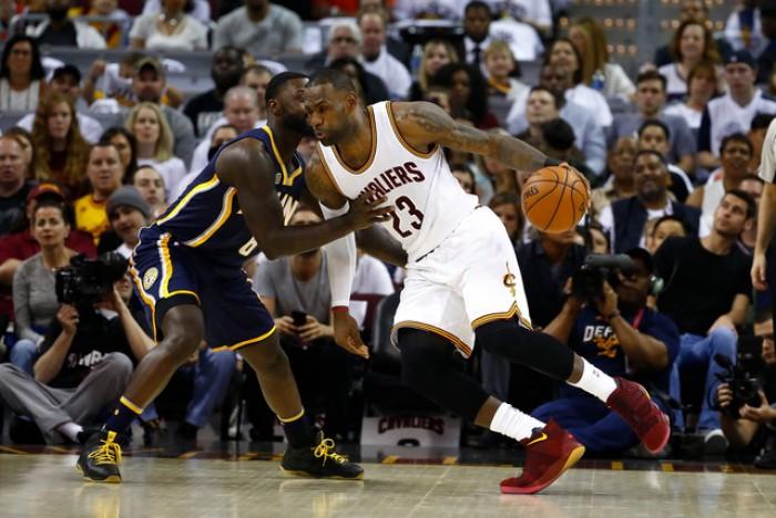 NBA Playoff - I Cavs faticano ma alla fine la spuntano: battuti i Pacers 108 - 109