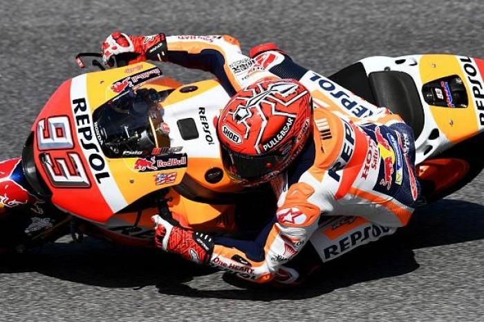MotoGP, a Marquez le umide FP1 di Barcellona