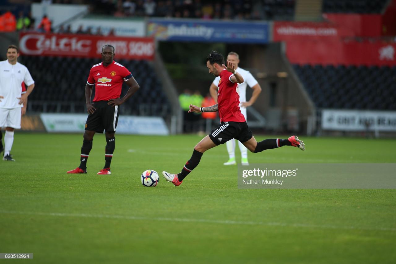 Oldham Athletic sign former Premier League midfielder Chris Eagles