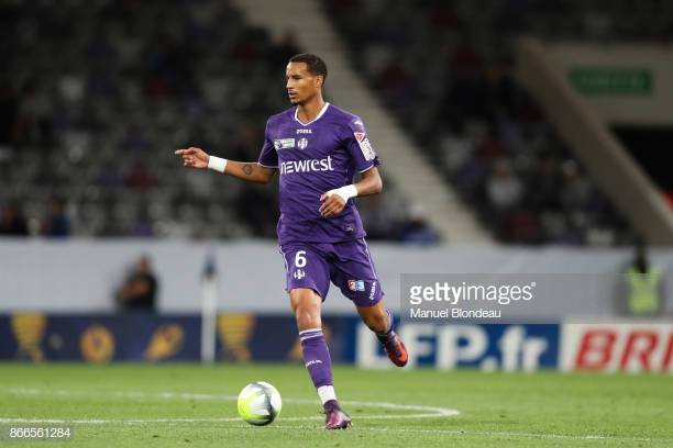 Jullien in action for Toulouse (Image from Getty Images/Manuel Blondeau)