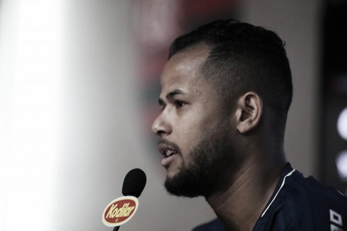 Geuvânio celebra primeiro gol e evita falar sobre chegada de Reinaldo Rueda