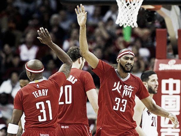 I Rockets tornano a volare grazie alla benzina di riserva