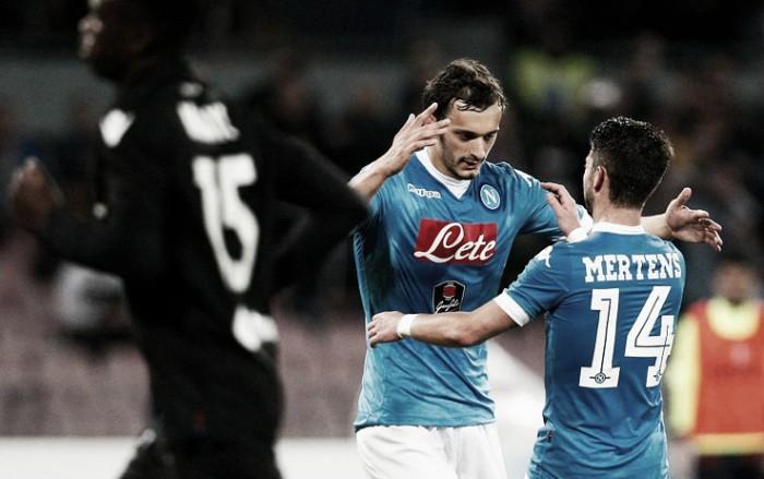 Napoli recebe Bologna em busca da liderança da Serie A