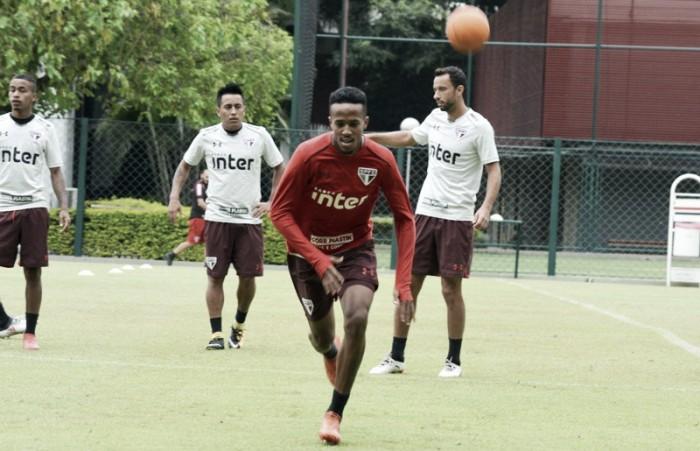 Com mudança no meio de campo, Dorival Jr. define São Paulo para duelo contra CSA