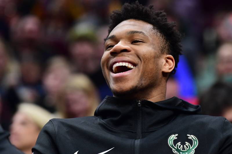 Giannis Antetokounmpo welcomes a son