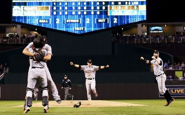 Giants Capture World Series Title After 3-2 Game 7 Win