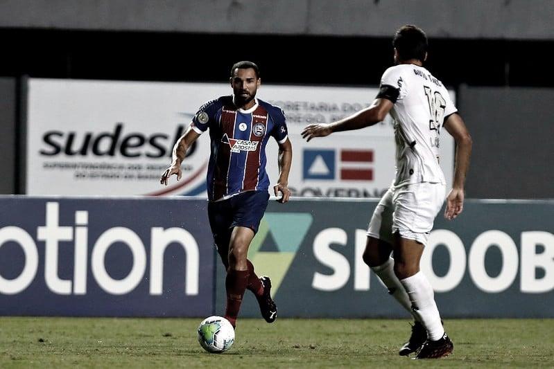 Com dois de Gilberto, Bahia vence e impede Atlético-MG de voltar à liderança do Brasileirão