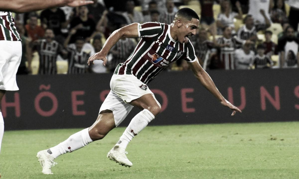 Com vaias a Scarpa, Fluminense vence Palmeiras no Maracanã