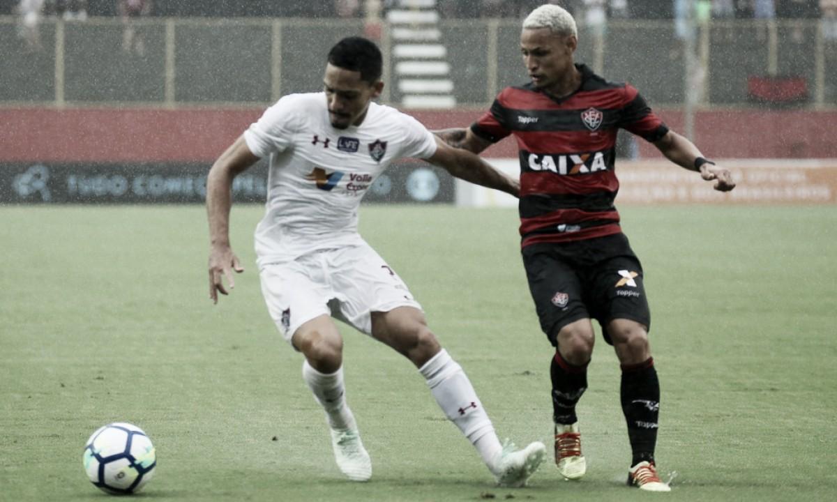 Após expulsão contra Cruzeiro, Gilberto agradece apoio dado por jogadores do Flu: ''Foram heróis''