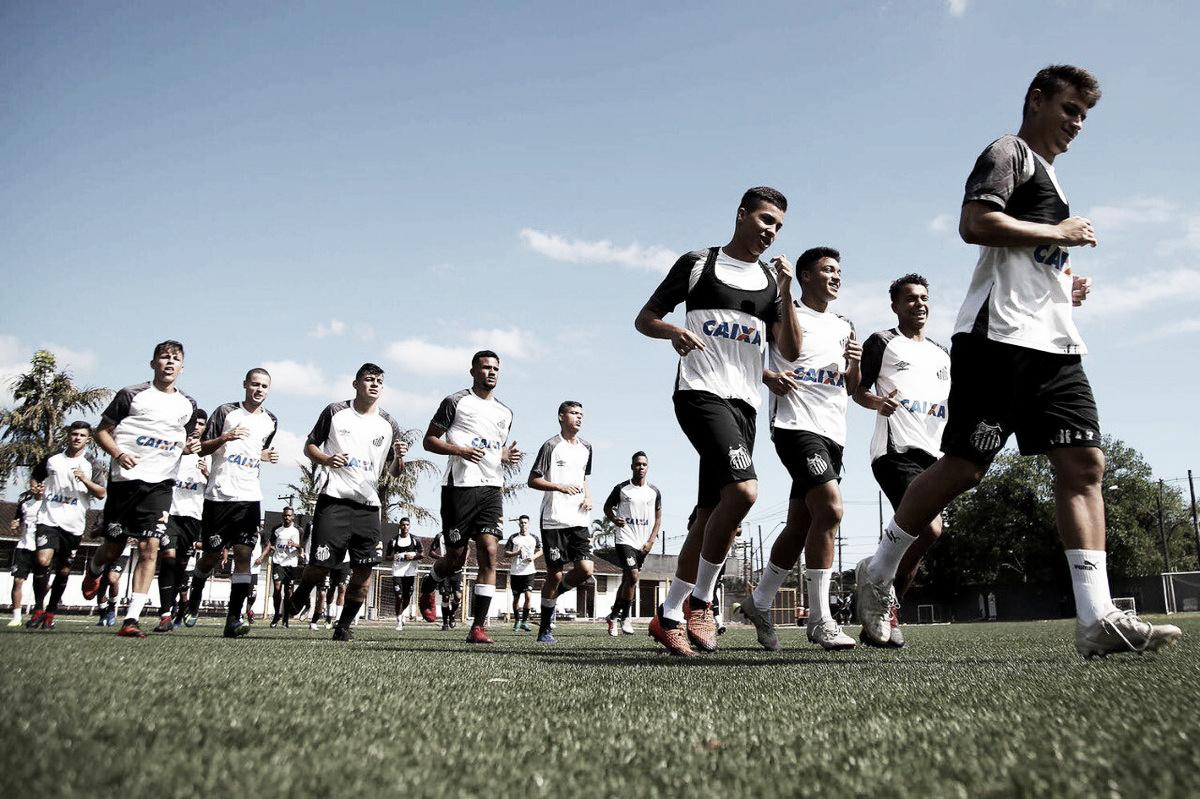 Com promessa de 15 anos, Santos anuncia inscritos para disputa da Copa São Paulo