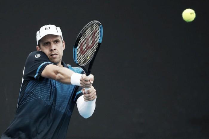 Gilles Muller sobrevive a Malek Jaziri en segunda ronda
