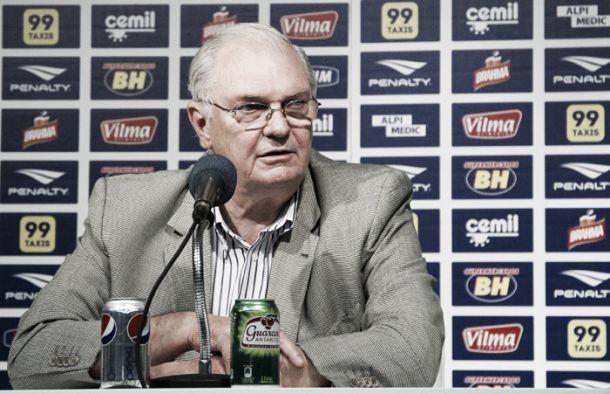"""Presidente Gilvan mira futuro do Cruzeiro após temporada ruim: """"Já estamos planejando 2016"""""""