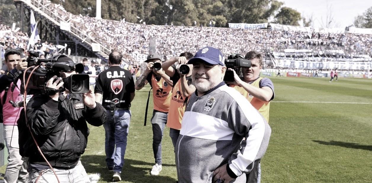 """Maradona: """"Hay que seguir trabajando y metiéndole"""""""