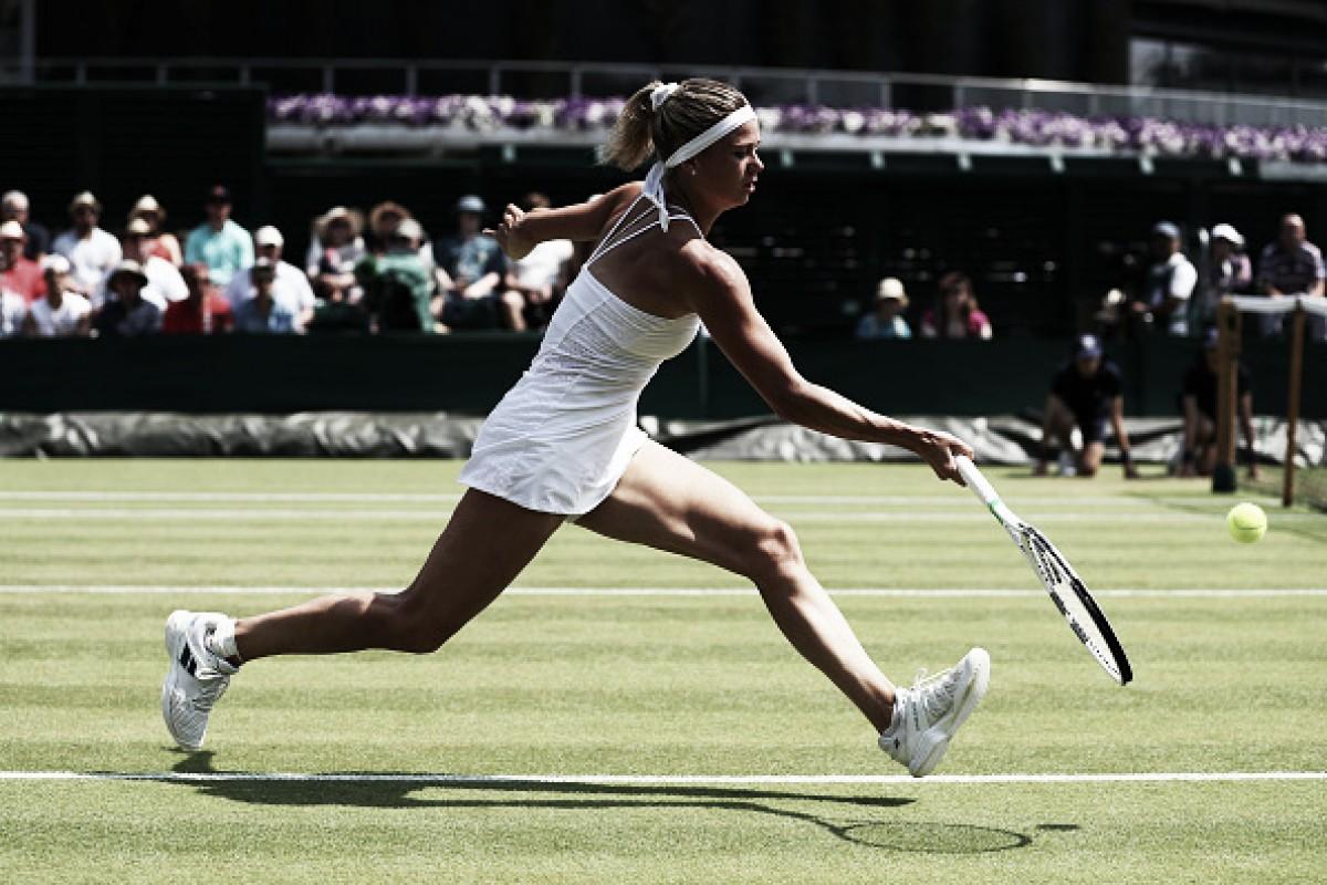 Giorgi garante virada épica em cima de Siniakova e avança às oitavas de Wimbledon