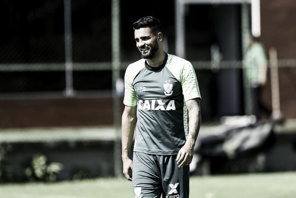 América-MG terá desfalques no confronto diante do Fluminense por conta de contrato