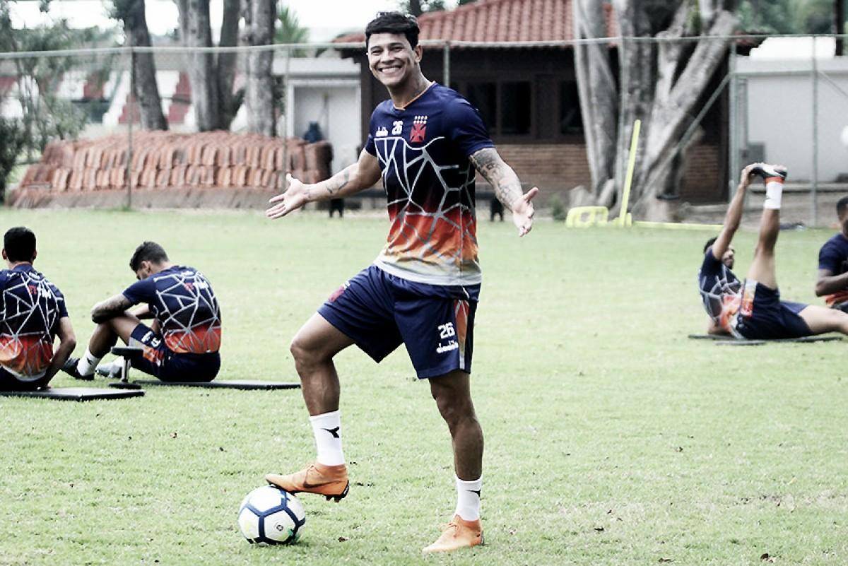 """Giovanni Augusto aproveita intertemporada do Vasco para se recuperar: """"Fico feliz em ter esse tempo"""""""