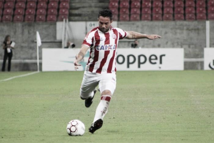 Goiás acerta com meia Giovanni, campeão mundial pelo Corinthians em 2012