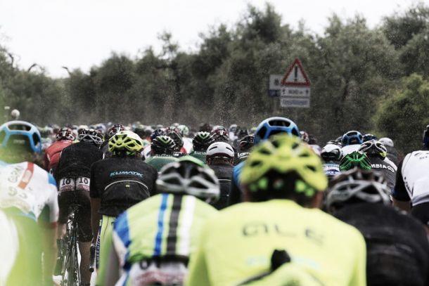Giro de italia 2015 etapa 18 online dating. are anna camp and skylar astin dating 2014.
