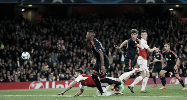 Arsenal 2-0 Bayern Munich: Late goals from Giroud and Ozil see Gunners record unlikely win