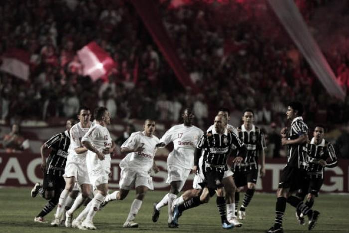 A vida pós-2007: os caminhos que Corinthians e Internacional traçaram até hoje