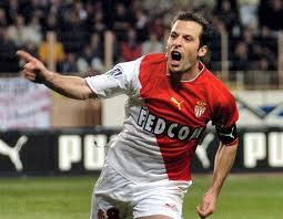 Ludovic Giuly firma por el Lorient