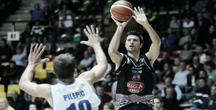 Basket, serie A: Giuri-Cinciarini come Thompson-Curry, Caserta batte Capo d'Orlando