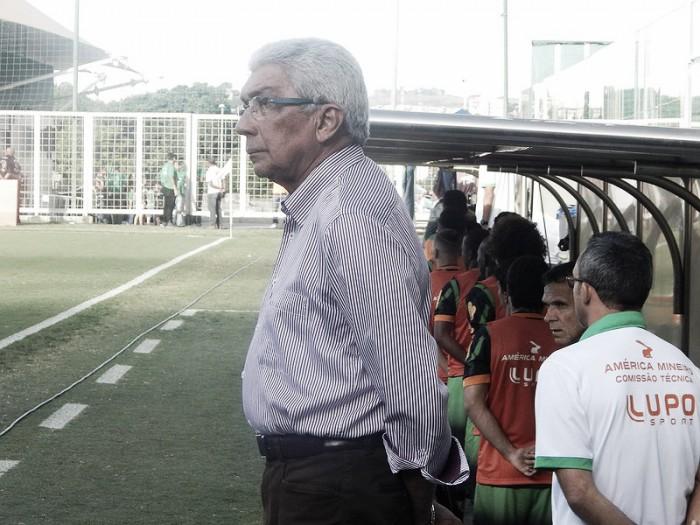 Givanildo Oliveira lamenta derrota e chances perdidas ante Fluminense