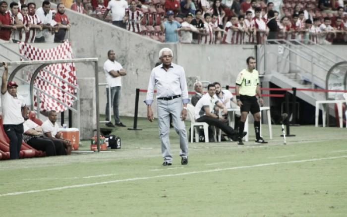 Givanildo destaca superação no segundo tempo e visa repetir série positiva para garantir acesso