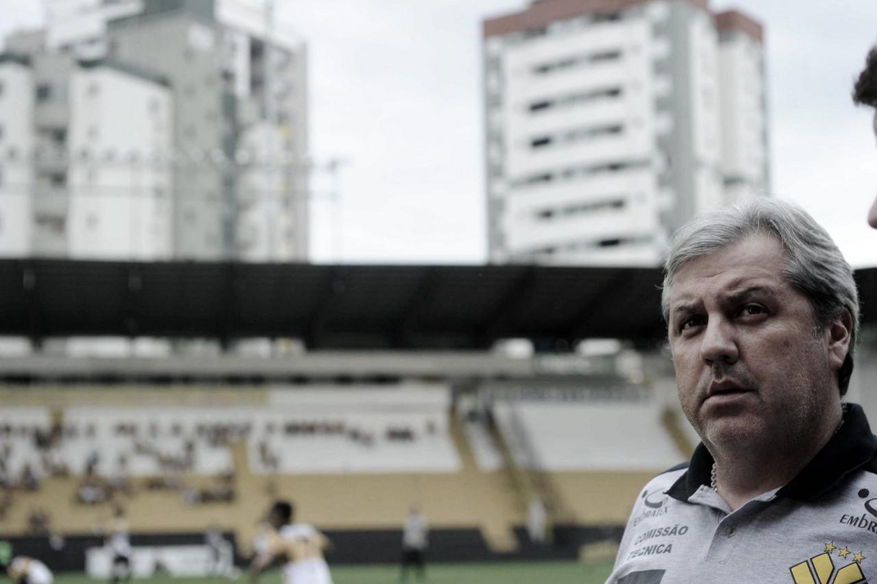 """Kleina avalia derrota do Criciúma para Cuiabá em estreia: """"Foi péssimo para nós"""""""